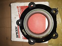 Bearing Hsg Cage Cup Seal Spicer/bell Equipment 224208 And 221147 And 220533 And 78914