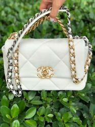 19 Small Flap Cc Logo White Classic Quilted Bag