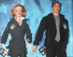 X Files Mulder And Scully 1998 Mattel Barbie And Ken Collectors Edition Gift Set Ob