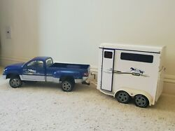 BREYER Traditional Size Horse Trailer And Dully Truck RARE 2002 #2615