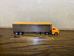 1/64 M2 1958 Chevrolet Lcf Single Axle Andnbspday Cab And Vintage Dcp 40 Ft. Trailer