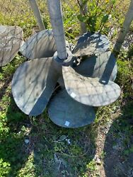 Hall And Stavert Hytorq 32x27x3 Used Propeller