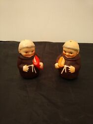 Goebel Hummel 3 Tall Rare Salt And Pepper Shakers Of Monks With Red And Tan Bibles