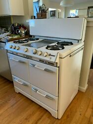 Mid-century Circa 1950s O'keefe And Merritt Stove-- Works
