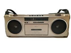 Vintage Pioneer Sk-210 Boombox Cassette Am/fm Radio With Strap Japan Free Ship