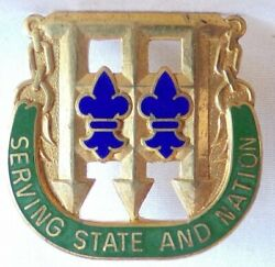 Authentic Us Army 102nd Military Police M.p. Battalion Dui Di Crest Pin D22