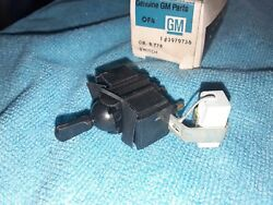 Nos Gm 1971 1972 Chevy Chevelle Rear Window Defogger Switch 71 72 Ss 454 Ls5 Ls6