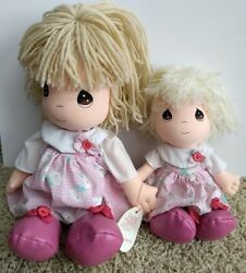 Precious Moments Lot Of 2 Dressed Alike Blonde Girl Doll Aster And Alice Sisters