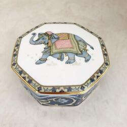 Wedgewood Accessory Case Pottery