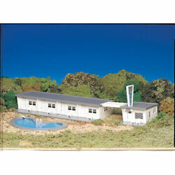 Bachmann 45214 Ho-scale Plasticville Motel With Pool Snap Kit