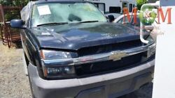 Passenger Front Door With Lower Body Cladding Fits 03-06 Avalanche 1500 977303