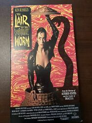 🟢 📼 The Lair Of The White Worm Vhs 1997 Vestron Video Vg