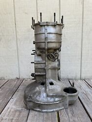 1965 Porsche 911 Transmission 901/0 Case 100779 Early 5 Speed 38/64 Casting