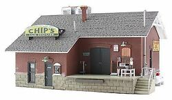 Woodland Scenics N Scale Chip's Ice House   Bn   4927