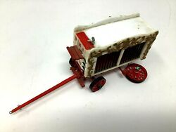 Toy Circus Wagon With Bears, Plastic, 3 1/4