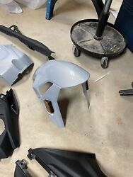 2021 Bmw S1000rr Front Fender Only. Perfect Condition Had 100 Miles On It