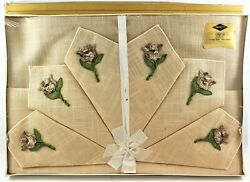 Empress Embroidered Rayon Tablecloth And Six Napkins Sealed 7 Piece 52 × 70 Mcm