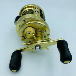 Shimano Calcutta Conquest 200 Bait Casting Fishing Reel Spinning From Japan