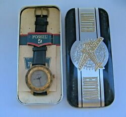 1991 Fossil Watch Bq-8420 Calibrated Bezel - Tin Box_old Stock. Limited Edition