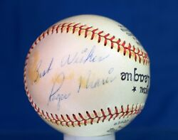 Roger Maris Jsa Authentic Signed Baseball With Box Autograph
