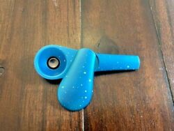 Journey Style Spoon Screen-less Smoking Pipe Hand Pipe Magnetic Spotted Blue