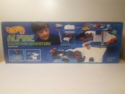 Rare Vintage Hot Wheels Sto And Go Alpine Mountain Adventure Playset In Sealed Box