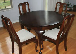 Henkel Harris Queen Anne Mahogany Dining Table 3 Leaves 4 Chairs New Upholstery