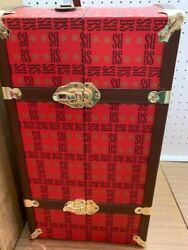 Tonner Brenda Starr Trunk-excellent Condition/ Holds 1 Doll/mirror/hangars