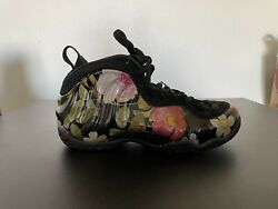 Womenandrsquos Nike Foamposite One Size 8 Floral Aa3963-002