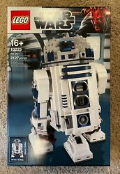 Lego Star Wars 10225 R2-d2 - Brand New Factory Sealed