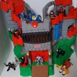 Vintage 1994/2005 Fisher Price Adventures Knights And Castle Playset W/ 10 Knights
