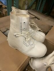 Military Issued Extreme Cold Weather Mickey Mouse Boots Size 9w Nos