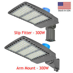 300w Led Shoebox Street Pole With Dusk To Dawn Photocell Commercial Area Lights