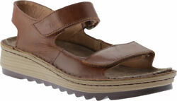 Womenand039s Naot Zinnia Wedge Sandal Maple Brown Leather Size 36 M
