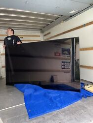 2015 Samsung 95andrdquo Commercial Display
