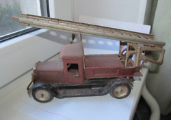 Tin Toy Car Of The 40s Rare Car Fire Truck