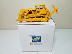 Cat D9h Dozer With Kelly Ripper And Cab - Yellow - Emd 150 Scale Model N116 New