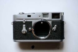 Leica M2 Late Model Rangefinder 35mm Camera [excellent Working Condition]