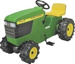 New Ertl Rc2 46394 Kidand039s Large 39 John Deere Pedal Tractor New Sale 2357382