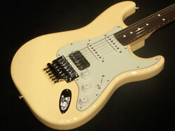 Fender Made In Japan Stratocaster With Floyd-rose Vintage White