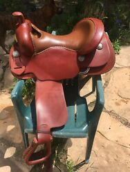 Bob#x27;s Custom Saddles 17 in. Western Work Saddle Excellent Condition