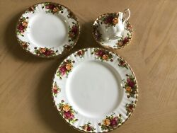 Royal Daulton 12 Place Setting China With Accessories
