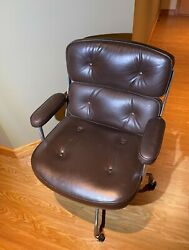 Herman Miller And Eames - 1981 Time Life Executive Chair