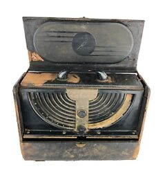 Vintage Zenith Long Distance Catalin Tube Carry Case Radio
