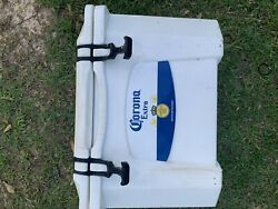 Grizzly 20qt Corona Extra Cooler Yeti