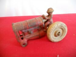 Vintage Arcade Cast Iron Fordson Farm Tractor Toy Vehicle 273