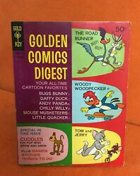 Golden Comics Digest. 1969 5. The Road Runner - Woody Wood Pecker Free Shipping