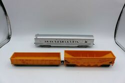 Ho Santa Fe Regal Arms Pullman Car And 2 Union Pacific Freight Cars