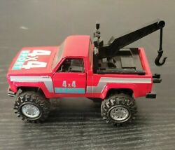 Yatming 8317 Chevy Blazer 4x4 Sport Tow Truck. Pull Back And Let Go