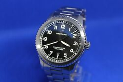 Breitling Navitimer 8 Full Set Box And Papers W/steel Bracelet A17314